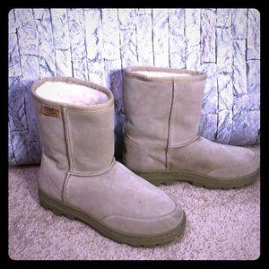 Emu ridge Australian pull on boots